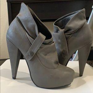 Shiekh Heels size5.5